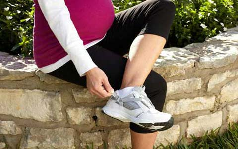 Shoes Pregnancy elmevarzesh1 - بهترین صندل در دوران بارداری